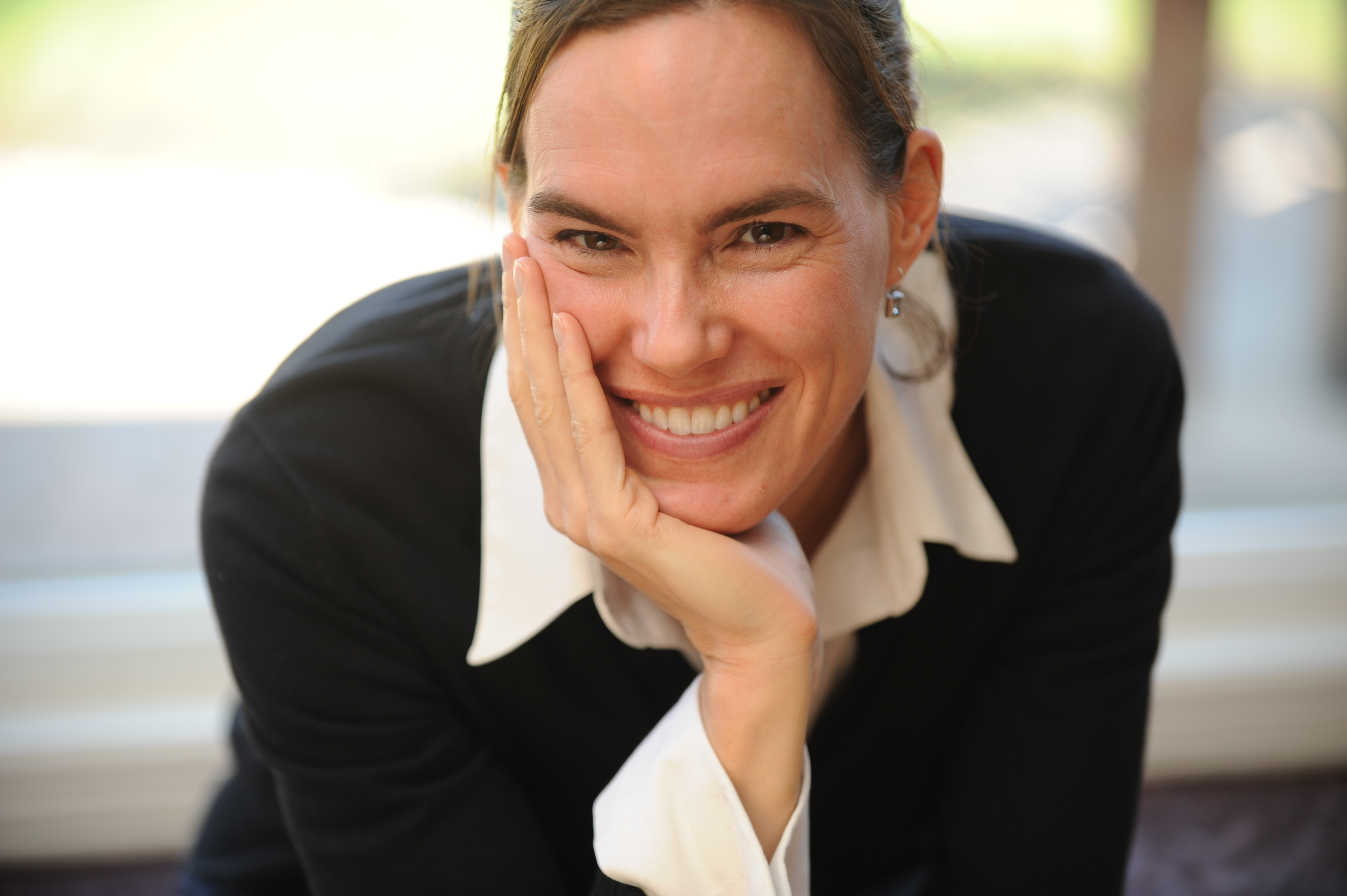 Dr. Andrea Charron