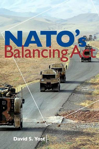 Critique de livre no. 3 – Battiss sur Yost, NATO's Balancing Act